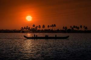 Backwater Holiday Destinations in Kerala