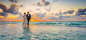 Honeymoon Destinations in Kerala - The Raviz Ashtamudi